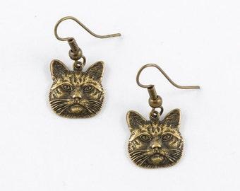 Cat Earrings // Kitten Earrings // Cat Charm Jewelry // Charm Earrings // Silver Earrings // Girlfriend Earrings // Animal Earrings