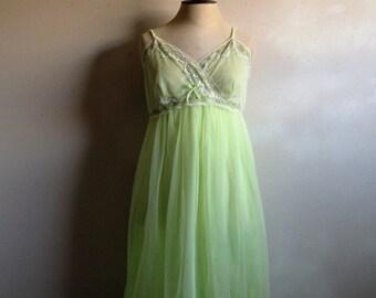 Vintage 1960s Peignoir Set 60s Dorsay Lime Margarita Lace Chiffon Night Dress and Jacket Medium