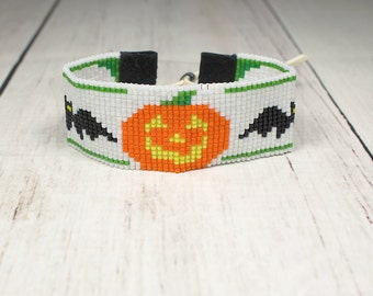 Halloween Pumpkin Bracelet - Holiday Bracelet - Bat Bracelet - Pumpkin Beaded Bracelet - Halloween Gifts - Beaded Bracelet - Gifts Under 25