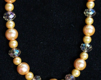 Gold yellow tone Pearl and Crystal necklace
