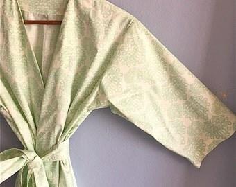Kimono Robe.  Dressing Gown.  Bridesmaid's Robe.  Bridesmaid's Gift. Sonoma Farm House Collection. Mint. Knee Length. Small thru 2XL.