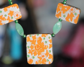 Orange and green reversible wooden necklace fabric citrus