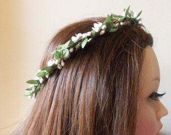 Bridal Crown Wreath - Modern Bride, Wedding Accessory, Floral Wreath Crown, Veil Alternative, Rustic Wedding, Woodland:   LJG-600