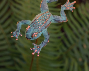 Leaping Frog sculpture garden stake