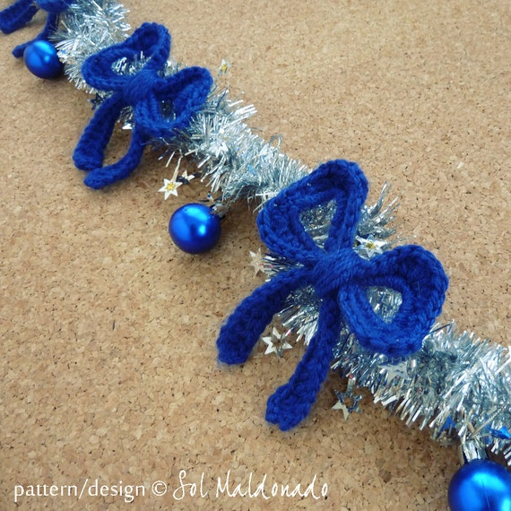 Bow Crochet Applique Pattern -Christmas tree ornament, garland - easy crochet applique bow pattern - Instant DOWNLOAD