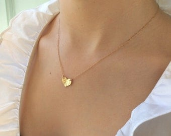 Valentines Day Gift / Small Heart Necklace  / Delicate Gold Heart / Gold heart / Dainty Gold Necklace / Best Friend Gifts /  Gold Necklace