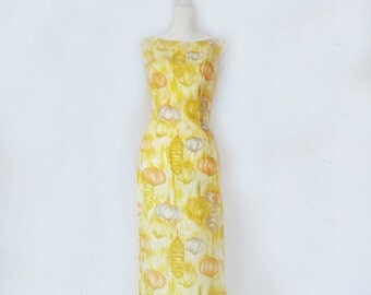 1960s Yellow Novelty Print Silky Maxi Dress 60s Vintage Asian Lantern Print Hawaiian Tiki V Back Small Medium Sundress Summer Festival Dress