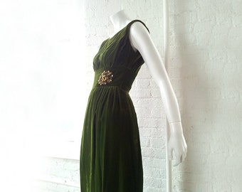 Green Velvet Prom Dress 1960s Vintage Evening Gown Grecian Deco Full Skirt Small XS Baroque Boho Glam Velvet Ball Gown Holiday Party Dress