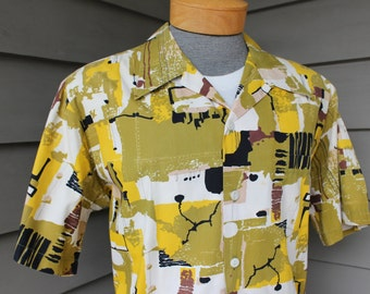 vintage 1950's -Cavanagh's- Men's short sleeve shirt with button loop collar. Cotton broadcloth in Atomic abstract print. Extra Large