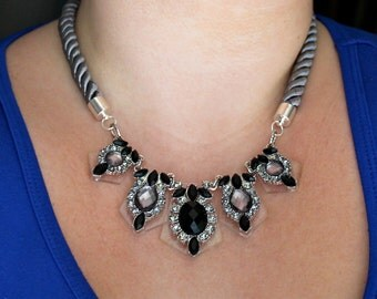 Black & Silver Rhinestone Statement Necklace   {acrylic bib necklace / glamorous / wedding necklace / special occasion}