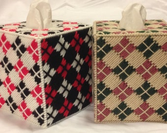 Argyle Tissue Box Cover in Plastic Canvas - PATTERN ONLY