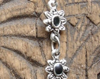 Black Moroccan Hand  and flowers  bracelet (3)