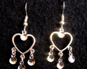 Mette - Traditional Norwegian Solje Style Silver Plated Heart Earrings with Silver Drops