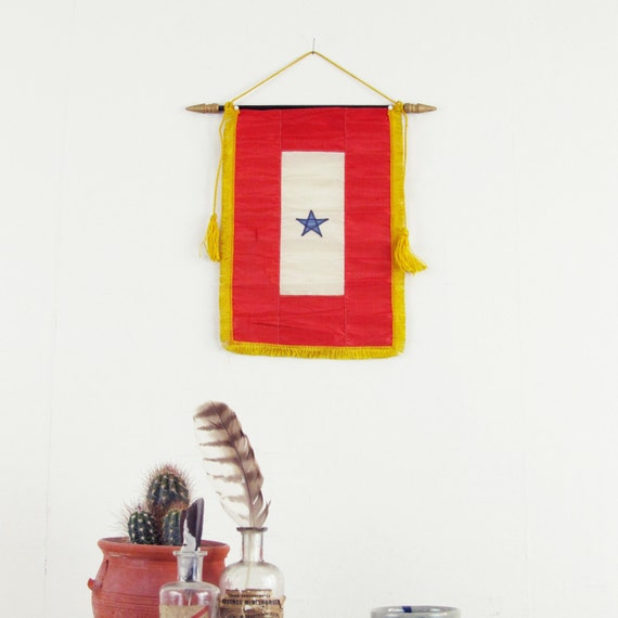 vintage wall hanging military camp flag star vintage. Black Bedroom Furniture Sets. Home Design Ideas
