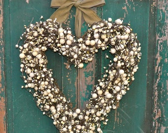 Heart Wreath  - Valentine Wreath - Choose Berry Color - Choose Ribbon - Valentine Gift