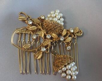 Bridal Hair comb Pearl & Rhinestone Gold Leaf Haircomb/Brooch, Vintage Wedding Accessories, Woodland Wedding Hairpiece