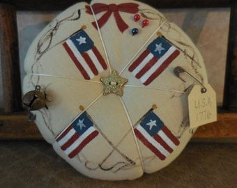 Primitive Handpainted Patriotic Pin Keep Folk Art Flag Pin Cushion Ornament
