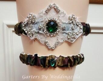 Camo Wedding Garter Set /  CAMOUFLAGE CRYSTAL GARTER Set/ Camo Bridal Garter Set / Camo Wedding