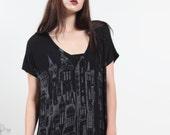 Oversize Tee |  Womens tshirt |  victorian city top | black Tshirt |  drape tee