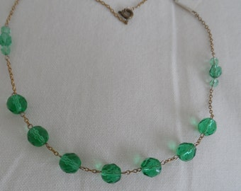 1930's/40's faceted green glass bead necklace on chain link