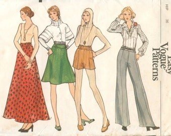 Super Uncut Vintage 1970s Vogue 8383 Very Easy Maxi or Regular Flared Skirt or Flared Pants or Shorts Sewing Pattern W26.5