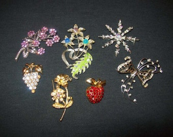 Vintage Rhinestone Brooch Pins Silver & Gold for Repair or Repurpose All 7 Only 6 USD