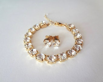 Gold crystal bracelet and earring SET ~ Gold ~ Swarovski ~ Brides jewelry set ~ Tennis bracelet ~ Stud earrings - Bridesmaids ~ Gift