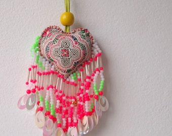 Vintage PomPom Bead Charm Bohemian Hmong Embroidered Hobo Pom Pom Accessoires