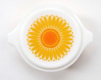 Pyrex Daisy Sunflower 1 Qt Casserole