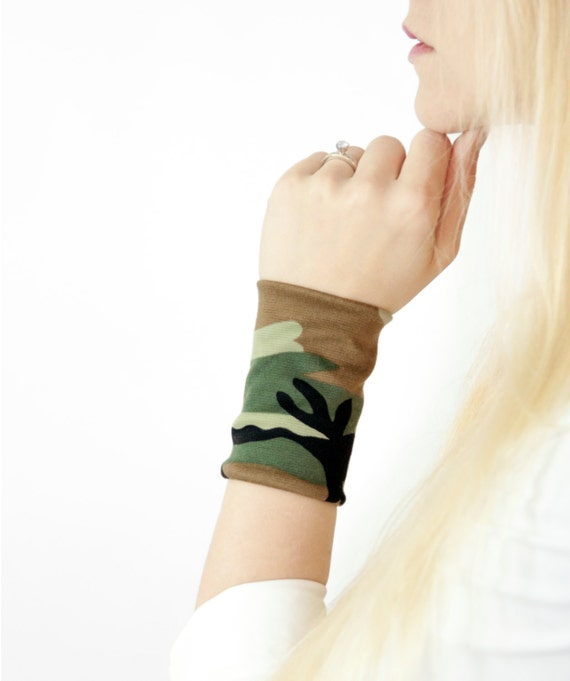 Camo Bracelet Cuff, Fabric Wrist Cuffs, Camouflage Stretch Tattoo Cover Up Covers, Long Wide Arm Wristband Band, Jewelry Festival Armbands