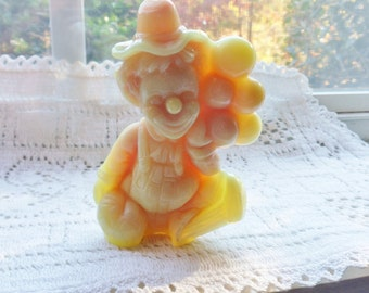 Arty the Clown Figurine, Yellow Mosser Art Glass Balloon Clown