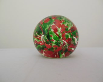 Glass Paperweight for Christmas Round with Red and Green Flowers and Air Bubbles
