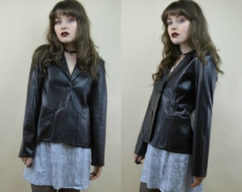 90s Grunge Goth Clubkid Cyber Black Vinyl PVC Faux Leather Shiny Single Button Longsleeved Blazer Jacket Coat S / M
