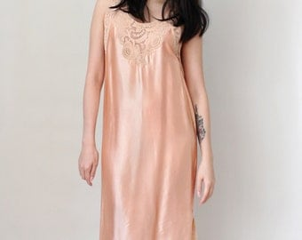 Vintage Lingerie 1920s - 30s Nightgown Negligee Sexy Sleepwear Pink Satin and Lace - Size Small