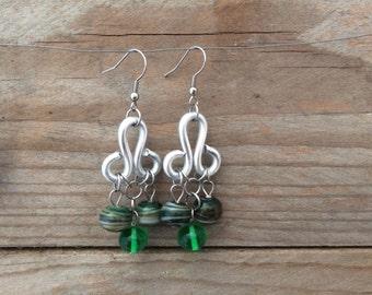 handblown green lampowrk glass earrings