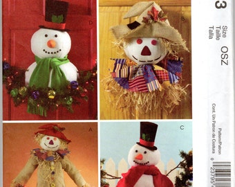 Snowman & Scarecrow Outdoor Holiday Decorations Pattern - McCall's Crafts M4943 uncut