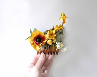 Mustard Yellow Flower Hair Comb with Ivory Silk Flowers. Handmade Paper Flower Hair Clip. Rustic Woodland Wedding Hair Accessories.