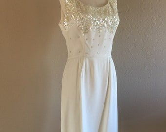 """Classic Little White Dress 50s Sequined Cocktail dress 30""""waist"""