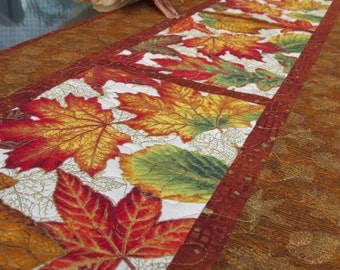 Quilted Fall Table Runner Autumn Leaves Gold 508