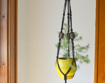 Midnight Walnut II Black Jute Macramé Hanging Planter Handmade Walnut Beads
