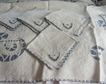Embroidered Table Cloth with 4 Matching Napkins  from the 1940's