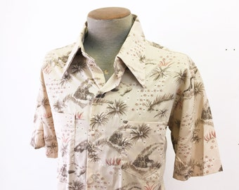 1970s Mens Disco Hawaiian Lounge Beige Floral Vintage Short Sleeve Shirt by Brunswick - Size XL