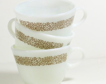 Vintage Pyrex Woodland Brown Mugs - Set of 3