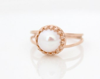 Pearl ring • Rose gold ring set with a pearl • Gifts for her • Promise ring