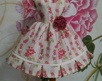 Blythe Doll Floral Dress
