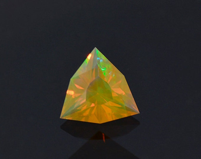 SALE EVENT! Gorgeous Orange Opal Gemstone from Ethiopia 0.87 cts