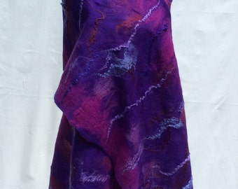 Felted merino wool scarf with multiple stripes from mulberry silk