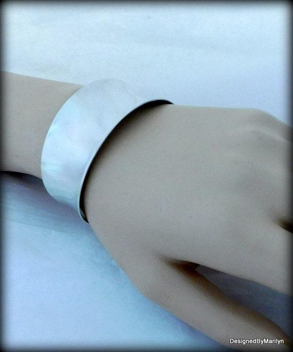 Beautiful sterling silver highly polished cuff bracelet, fashion bracelet, silver argentium bracelet, wedding bracelet