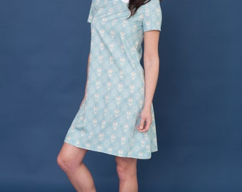 60's inspired dress with peter pan collar