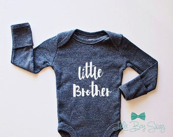 Boys Little Brother Bodysuit..Newborn Bodysuit..Homecoming Outfit..Newborn Clothing..Newborn Personalized Outfit..Baby Shower Gift..Birthday